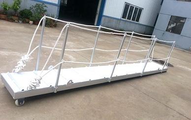 可拆式铝制跳板梯